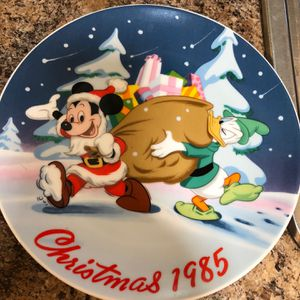 Disney Christmas Mickey & Donald for Sale in Kissimmee, FL