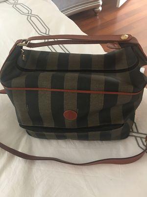 Fendi traveling bag for Sale in Miami, FL