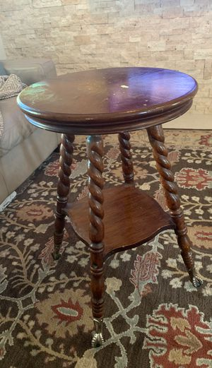 Table With Claw Foot Clear Glass Ball for Sale in Orlando, FL