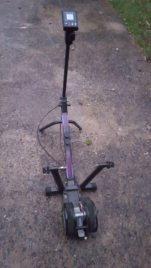 Bike Trainer Cateye Cs 1000 Cyclosimulator For Sale In