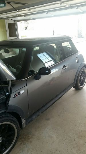 2004 mini cooper s for Sale in Ailey, GA