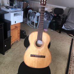 Classic Guitar for Sale in Burlington,  NJ