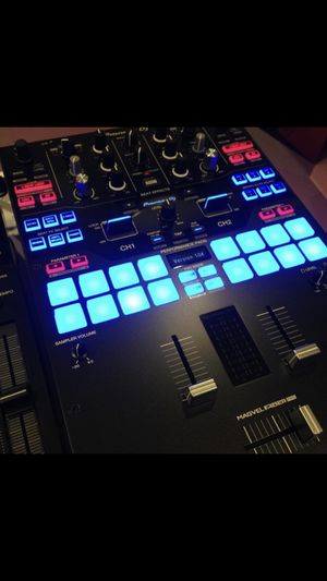 Djsm9 mixer shipping preferred for Sale in Paducah, KY