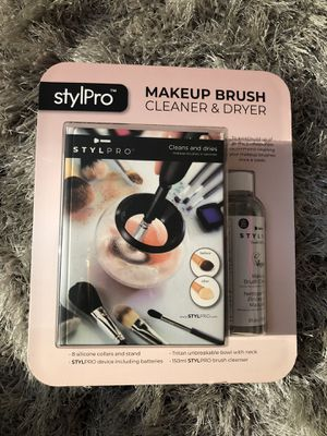 Makeup Brush Cleaner & Dryer. for Sale in Waldorf, MD