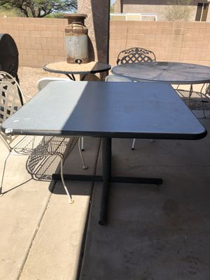 Table for Sale in AZ, US