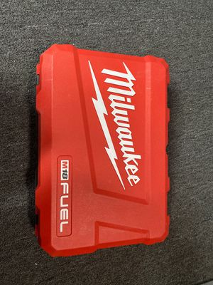Milwaukee drill kit M299722 for Sale in Fontana, CA
