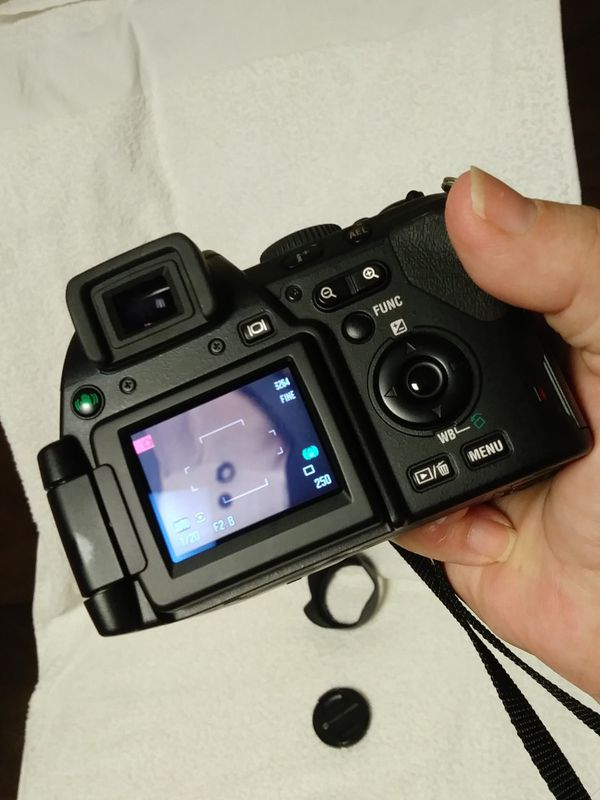 KONICA MINOLTA DIMAGE A200 8mp 35 mm digital camera bundle