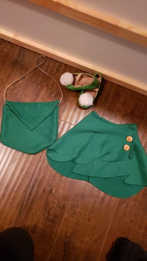 Tinkerbell slippers sz7 cape and bag for Sale in Santa Ana, CA