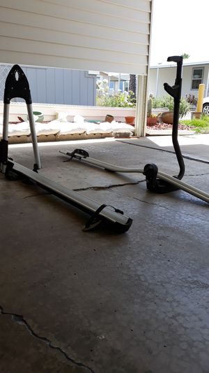 Thule roof top bike racks for Sale in Poway, CA