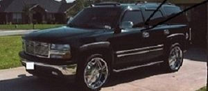2OO5 Chevrolet Tahoe LT for Sale in Los Angeles, CA