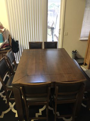 8 piece dining table. for Sale in Modesto, CA