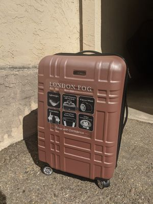 NEW London Fog Rolling Swivel Travel Suitcase for Sale in San Diego, CA