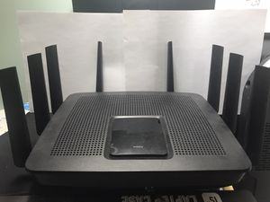 Linksys EA9500 Max-Stream™ AC5400 MU-MIMO Gigabit WiFi Router for Sale in Lynbrook, NY