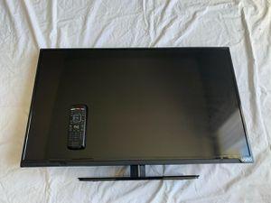 """Vizio Flat Screen TV 32"""" for Sale in Durham, NC"""