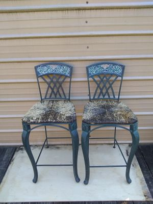 2 cast iron stools for Sale in Lawrenceville, GA