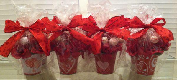 Valentine's Gift - Cake Pop Bouquet