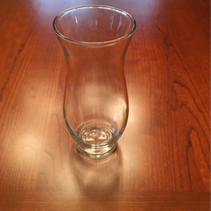"6.5"" x 2.5"" Glass Flower Vase for Sale in Tempe, AZ"