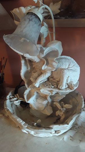 Alabaster Elephant lamp with a working fountain. for Sale in West New York, NJ