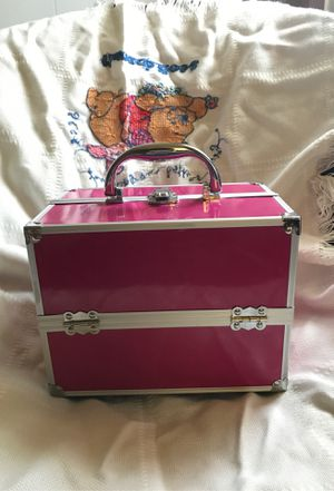 Makeup organizer for Sale in Shadyside, OH