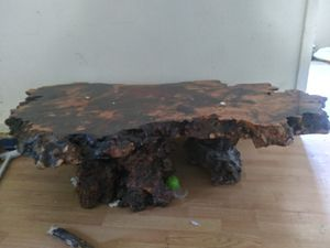 Handmade tree stomp antique table. Open bids for Sale in Murfreesboro, TN