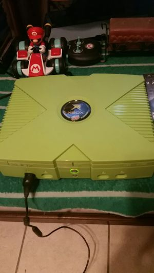 Original Xbox with 1 game for Sale in Reedley, CA