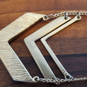 Chevron Necklace. Gently Used. for Sale in Bloomington, IL