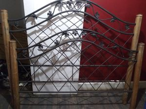 Twin bed frame for Sale in Madison, OH