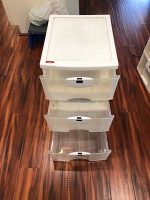 Plastic Drawer set with lock for Sale in Union City, CA