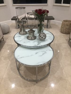 Set of nesting tables for sale 2 months old for Sale in Miami, FL