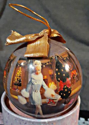 RARE 1997 MATRIX HOLIDAY BARBIE DECOUPAGE ORNAMENT for Sale in Erie, PA