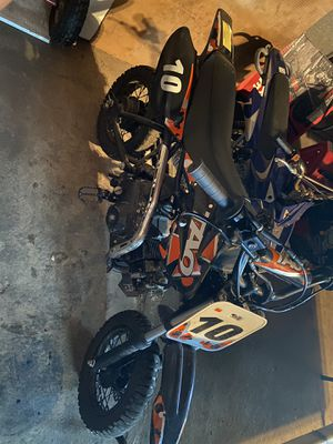 Dirt bike for Sale in Chicago Heights, IL