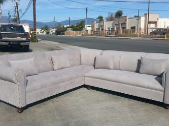 NEW 9X9FT ANNAPOLIS LIGHT GREY FABRIC SECTIONAL COUCHES for Sale in La Mesa, CA