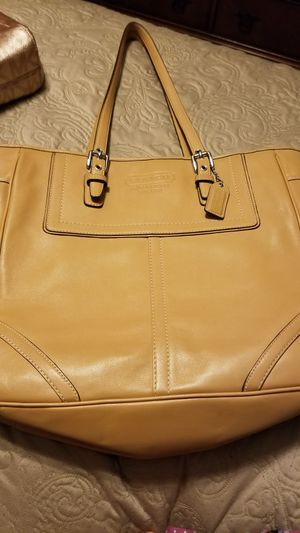 Large coach purse for Sale in Moore, OK