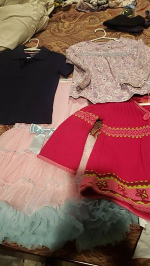 Huge lot of kids clothes size ,3, 4 and 5 and 6 T for Sale in Garden Grove, CA