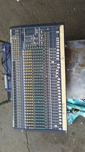 Great Buy on a Behringer eurodesk mx3282a for Sale in Oakland, CA