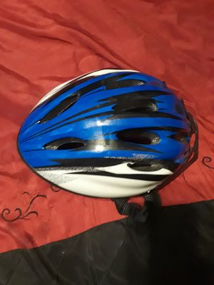 Cycling helmet for Sale in Nederland, TX