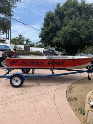 ALUMINUM 14Ft Fishing Boat for Sale in Escondido, CA