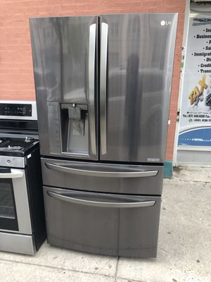 LG refrigerator counter deph for Sale for sale  New York, NY