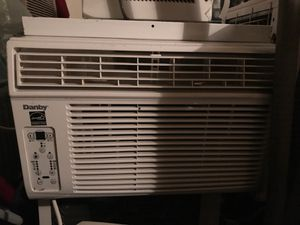 5000 BTU air conditioner in great condition for Sale in Washington, DC