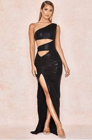 Black cutout ruched maxi prom homecoming dress for Sale in Queens, NY