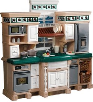 Step 2 Deluxe lifestyle dream play kitchen excellent great condition for Sale in Gaithersburg, MD