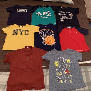 Size 2-T Totals $5 for Sale in Clifton, NJ