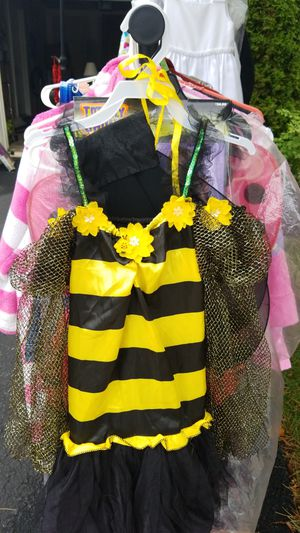 Bee costume size M (kids) for Sale in Frederick, MD