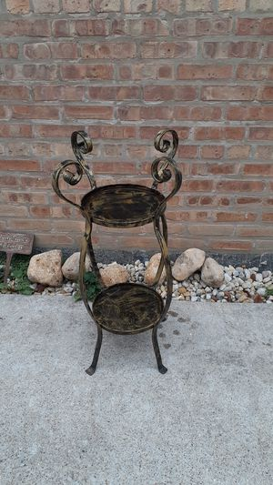 Metal plant pots Holder for Sale in Blue Island, IL