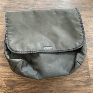 Kate Spade New York black nylon messenger bag. for Sale in Hermosa Beach, CA