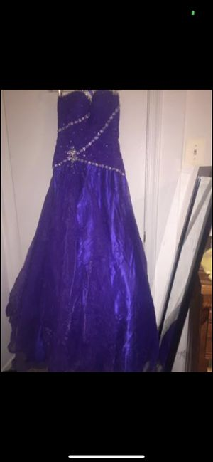 Purple prom/ quince dress for Sale in Annandale, VA