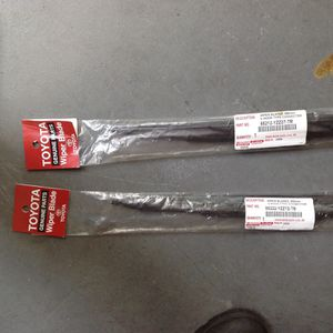 Toyota wipers set for Sale in Orlando, FL