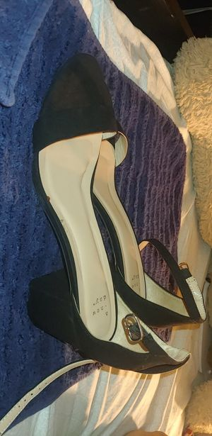 Black Velvet strap on size 11 heels (cash and pick up only) for Sale in San Diego, CA