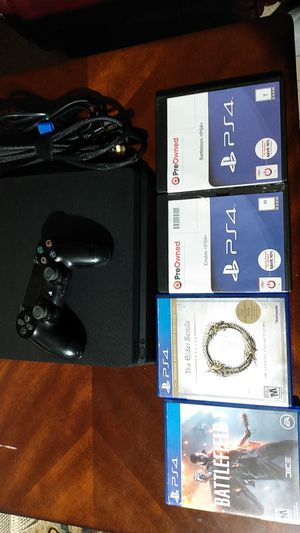 PS4 with 1 controller all the cables and 4 game for 210 for Sale in Kent, WA