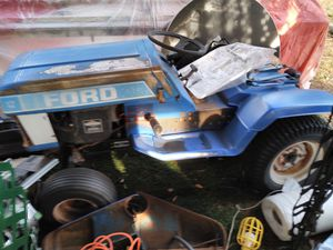 Ford lawn tractor for Sale in Lexington, SC